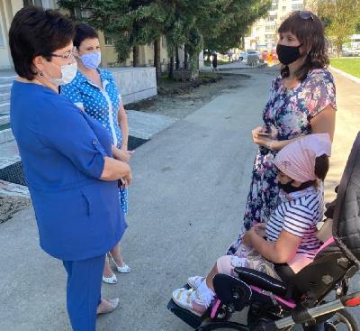 Амурский минздрав пообещал закупить лекарство для детей-«смайликов»