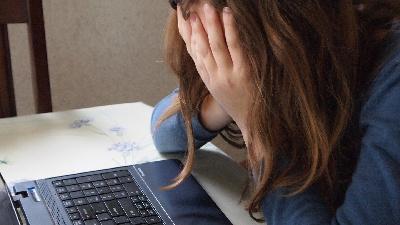 Минздрав: «Дистанционное обучение влияет на психику детей»