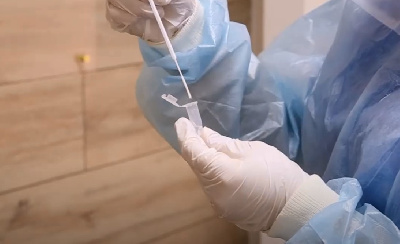 «Вам не ко мне»: как я пыталась сдать тест на коронавирус